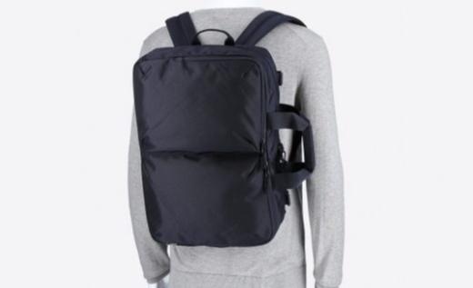 优衣库3WAY手提背包:材质结实耐磨易搭理,三用款式出行更方便