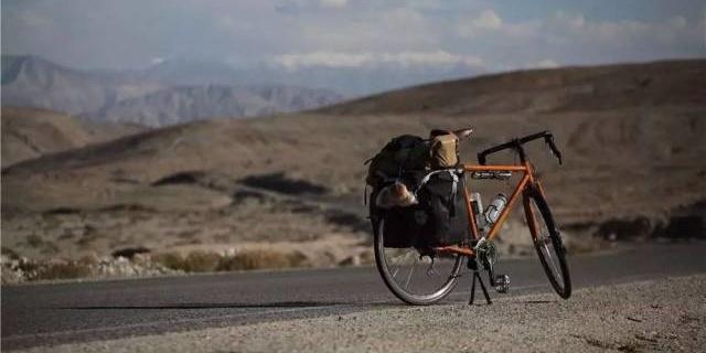 超强悍弯把长途旅行车,我骑它穿越了中巴边境