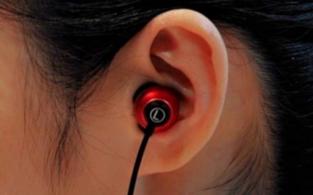 设计创新独特,音质三频均衡 - 雅天DC1圈瓷耳机体验