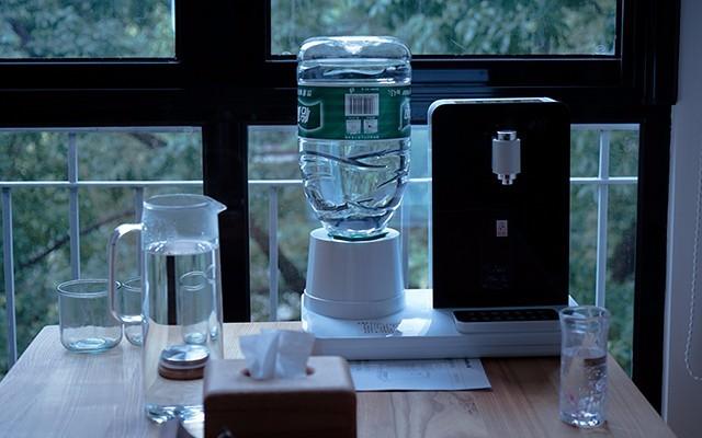万泓即热饮水机,没有什么喝水是它不能解决的。