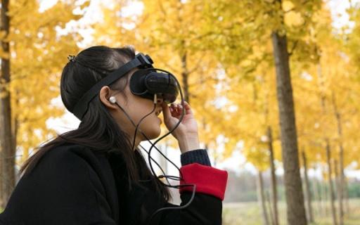 揣在口袋里的私人影院,户外也能看高清大片 — 嗨镜H2 VR一体机体验