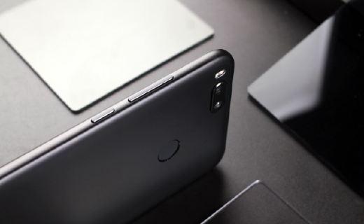 小米5X手机:高配置处理器稳定性能,闪电MIUI加速流畅
