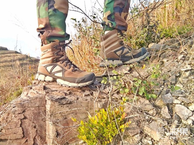 士兵最喜欢穿的军靴,运动力发挥到极致!——Bates战术靴测评