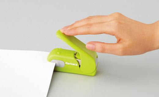 国誉无钉订书器:不用针不打孔也能装订,轻松拆除不伤纸