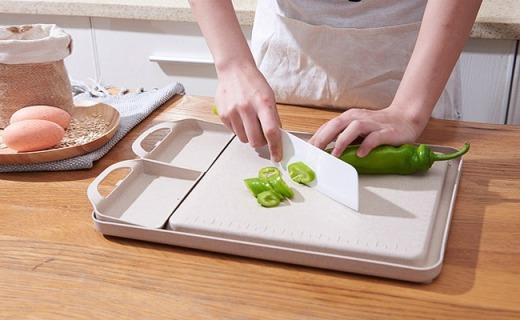 微佳达菜板:环保小麦秸秆材质,不只剁菜还可磨姜蒜