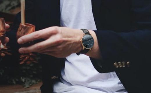 a.b.art男士石英表:黑盘金针时尚撞色,经久耐戴永不过时