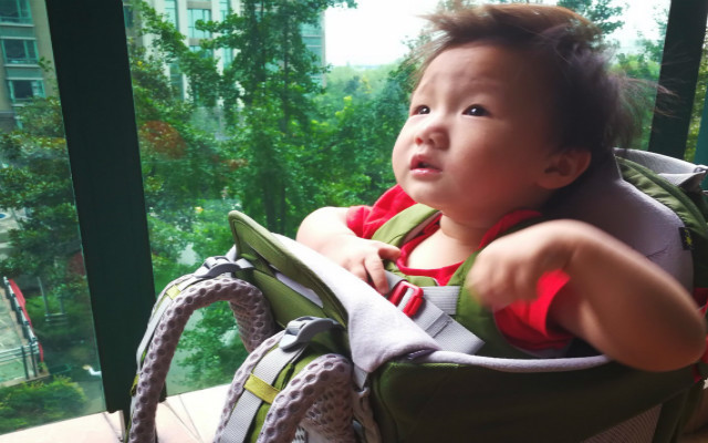 晒个遛娃神器,带娃爬山不是梦,OSPREY 珀蔻 婴儿背架体验