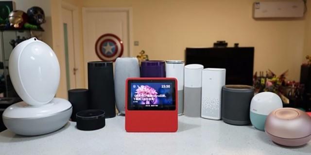 小度在家智能音箱视频评测 ,带屏幕的智能音箱真了不起