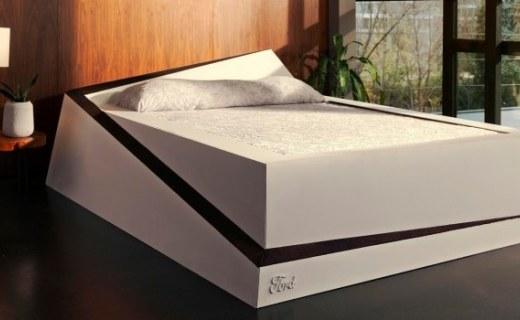 """福特发布""""自动平衡床"""":可防床伴挤占睡眠空间!"""