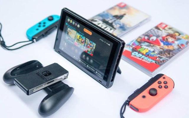 Nintendo Switch游戏机评测,塞尔达真好玩,玩家心里乐开花