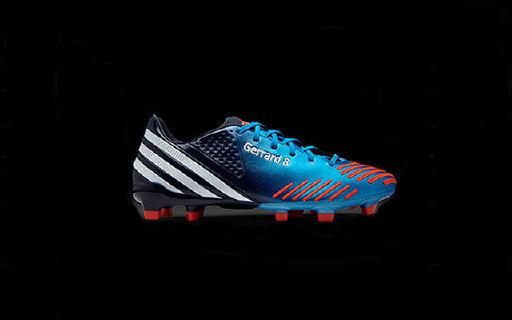 这个横扫球场的Adidas高端足球鞋只有225g,家门口的欧洲杯你值得拥有