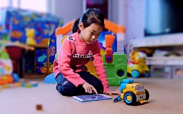 一个玩具多种玩法,还培养孩子编程逻辑思维 — 丛林骑士教育编程机器人体验 | 视频