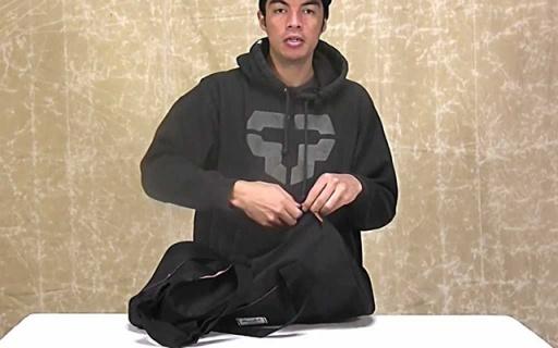 Herschel Supply Sutton背包:帆布材质耐磨防水,桶状造型时尚又实用