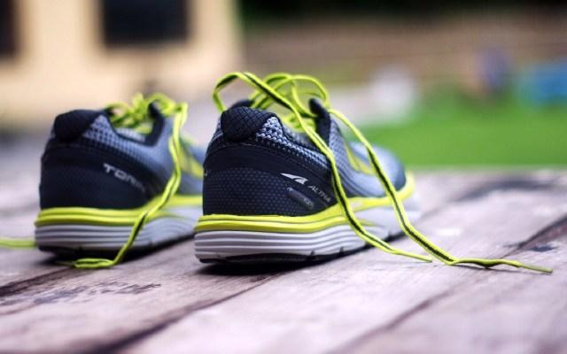 ALTRA Torin缓震跑鞋,透气耐磨让跑步更舒服