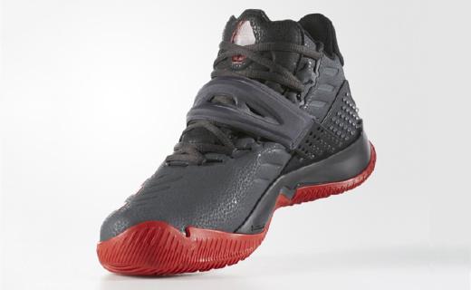 阿迪达斯新款篮球鞋,马牌大底让你安心征战外场