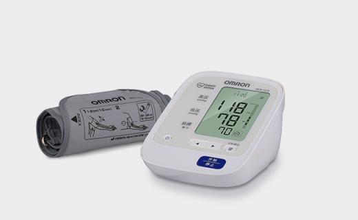 欧姆龙HEM-7210血压计:智能加压测量准确,可监测脉搏心率