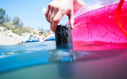 罗技UE Boom2蓝牙音箱:90分贝嗨翻所有聚会,水中也能用