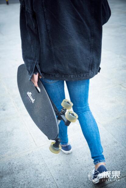 Allrover八轮滑板