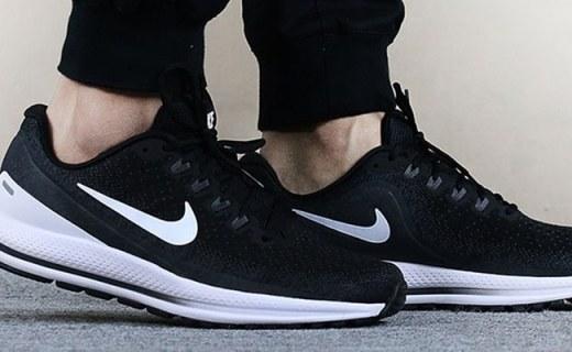 耐克VOMERO 13跑鞋:鞋面柔和不压脚,经典大底缓震舒适