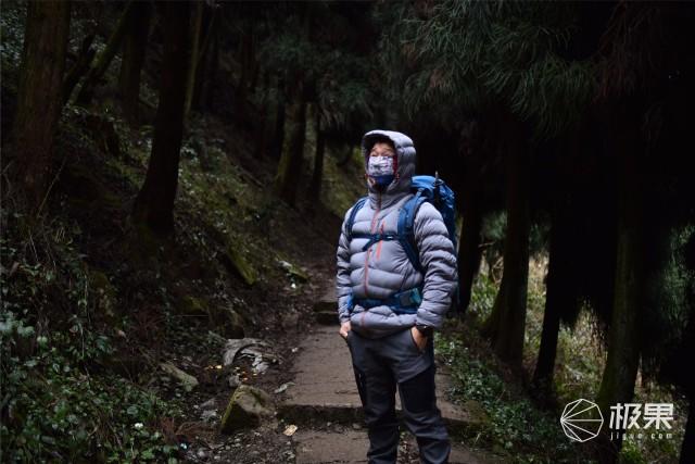 雪山的伴侣、寒冷的克星——KROSSTORM穿越风暴羽绒服