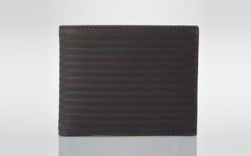 Fossil男士钱包:细腻耐磨真皮材质,复古与现代摩登结合