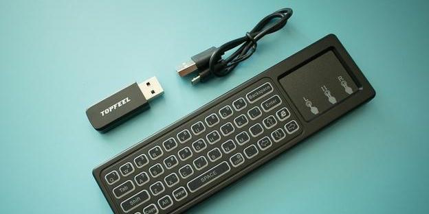 空中鼠标+无线键盘,内置锂电池的智能??仄鳌筀M910 智能???>                 <div class=