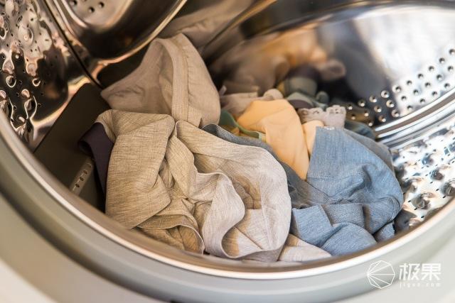 45分钟洗净烘干,这台洗衣机让你衣服不用晾晒直接穿