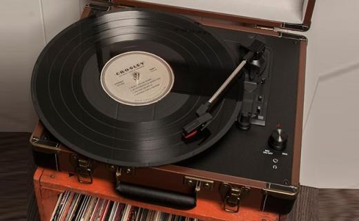 Crosley CR8005A-OD黑胶唱机:复古箱式设计,完美适配多种唱片
