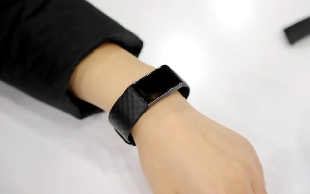 時尚與實用巧妙結合,或許是目前最好的智能手環——Fitbit Charge 3
