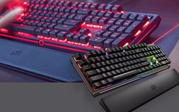 酷冷至尊CoolerMaster MK750机械键盘