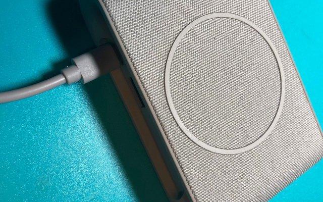 高颜值的iOttie无线充电器开箱体验