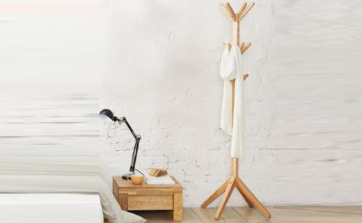茵曼衣帽架:进口橡木精心打磨,实用美观承重力好