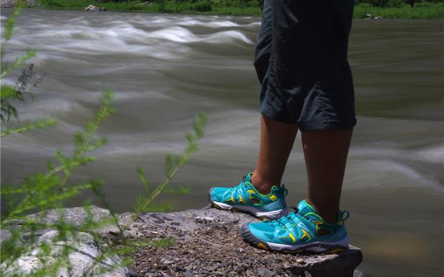 防滑减震水陆两栖户外鞋,让你跋山涉水乐无忧