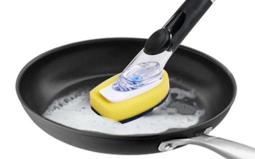 奥秀自动出皂液清洁刷 :硅胶按钮自动出皂,刷锅洗碗不伤手