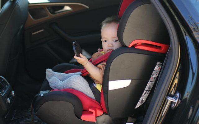 二胎驾到,安全出行有它保驾护航——费雪儿童安全座椅