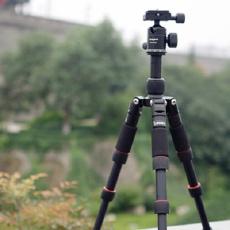 巴掌大小相机三脚架,摄影小白也能拍出大片 — 富图宝迷你专业三脚架上手体验