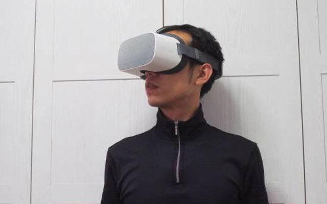 VR戴头上,女友来身旁,Pico 小怪兽2 VR一体机体验