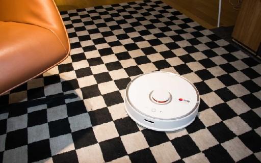 石头扫地机器人体验:高颜值家居清洁好帮手