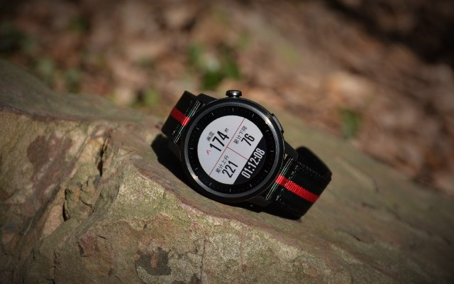 多纬度评测,可用100小时的智能手表,精度更是吊打佳明颂拓!