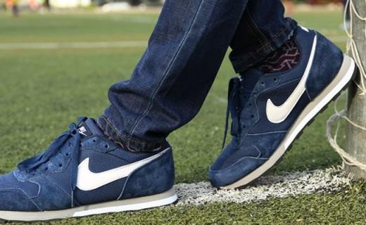 耐克MD Runner 2跑鞋:透气舒适,轻盈缓震好搭配