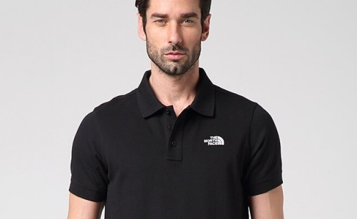 北面户外休闲男短袖:面料触感贴身柔软舒适,经典POLO款