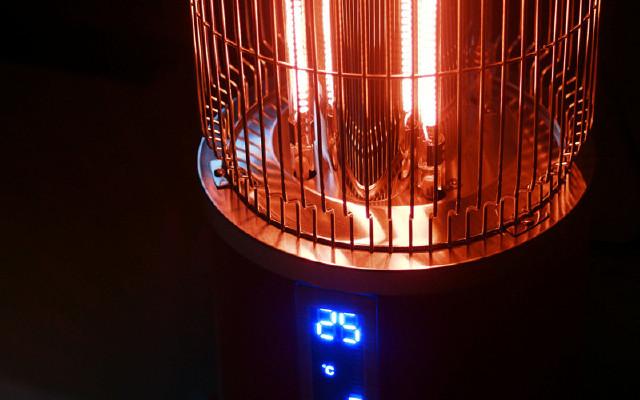 信一电暖器体验:1秒瞬间加热,冬季取暖告别干燥