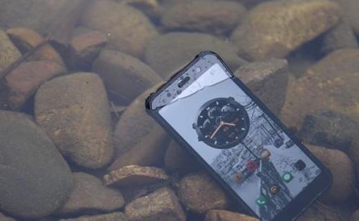 AGM X3国产手机中的一匹黑马,性能顶配却要靠摔出名