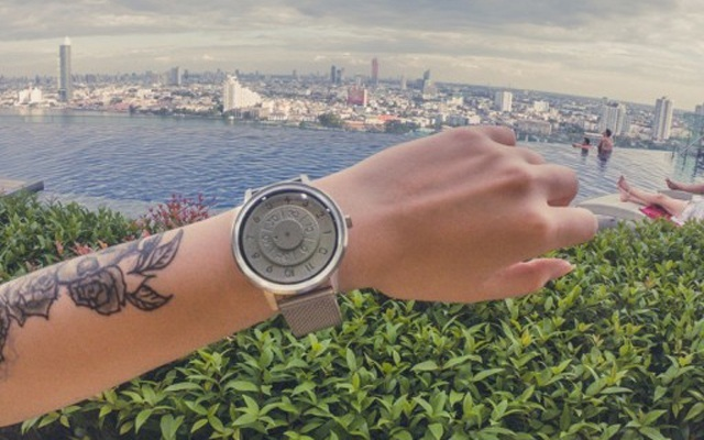 有颜值有实力,这手表让曼谷跨年行意义非凡 — Anicorn 太空系列月光腕表上手体验