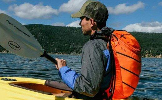 北风之神户外背包:可调节背负系统搭配三款不同包体,功能多样