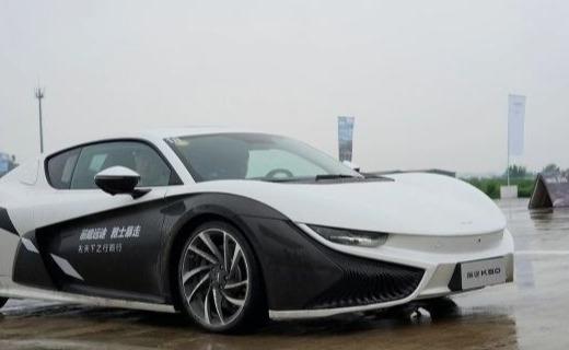 前途K50正式上市!68.68万纯电跑车开回家
