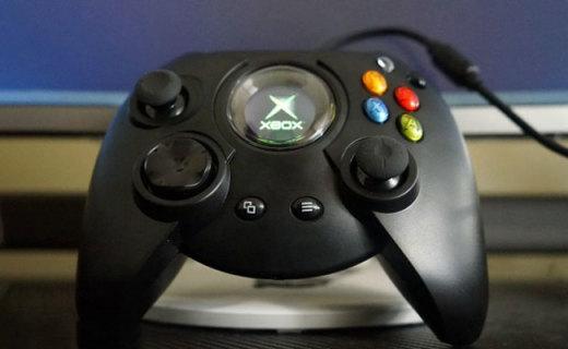 忠实还原初代手柄,完美适配PC与XBOX,初代 DUKE手柄 复刻版体验