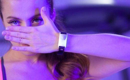 """隨身佩戴的體脂秤!Apple Watch第三方""""智能表帶""""問世,健康狀況一碰即知"""