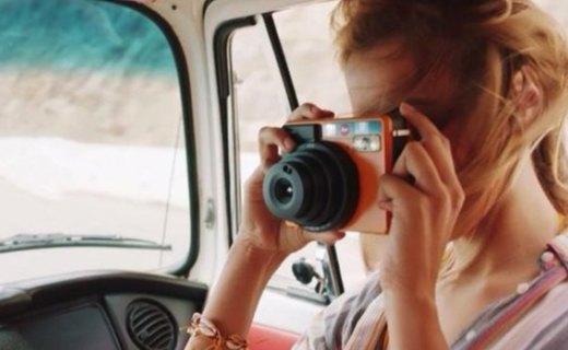 徕卡Sofort拍立得相机 :时尚配色小巧可爱,即拍即得留住美丽瞬间