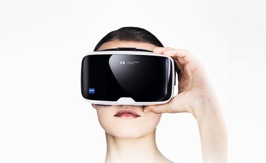 蔡司VR One Plus VR眼镜:海绵眼垫佩戴舒适,显示清晰锐利